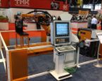Image - Integrated Automation and CNC Platform Allows Operator to Run Robot and Machine Tool from Single Control Panel