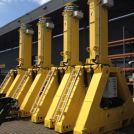 Image - High-Capacity Hydraulic Gantry Lifts Up to 37 Feet and 667 Tons